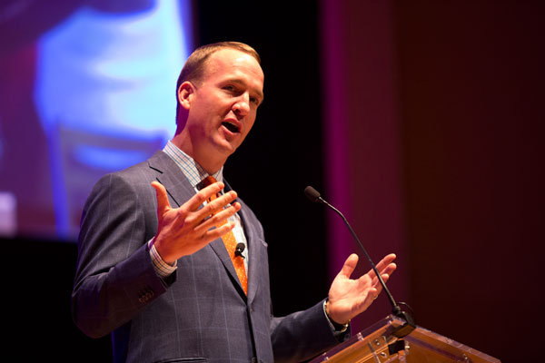 Peyton Manning addresses Annual Benefit Dinner crowd