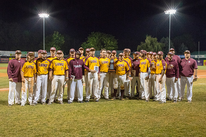 GalleryImg_0000s_0003_FHU_WorldSeries18_BW5A3461