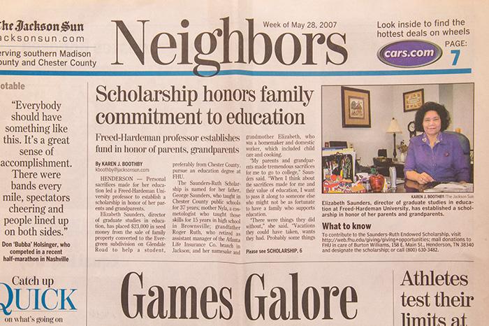 SaundersNewspaper_BW4A9346