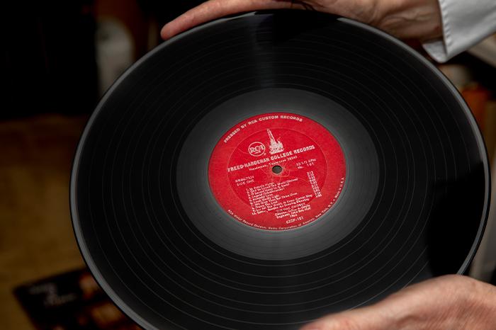 SeasonsWeb_Carousel-2020-VinylProject__0002s_0009_Seasons_RodgerHoltin-BW5A0867