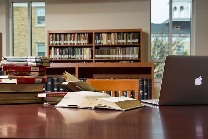 SeasonsWeb-Library_07